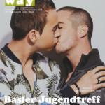 """Kiss-in"" gegen Homophobie in einem Tram der Baselland Transport AG"